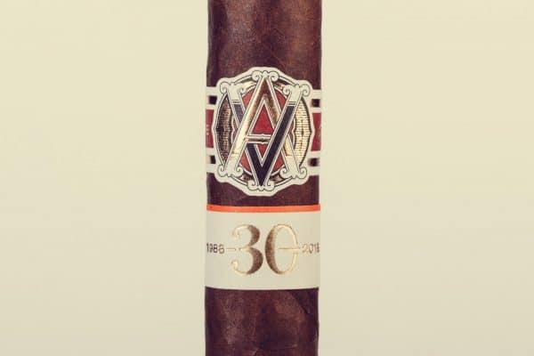 AVO LE 30 Years Signature Double Corona cigar review
