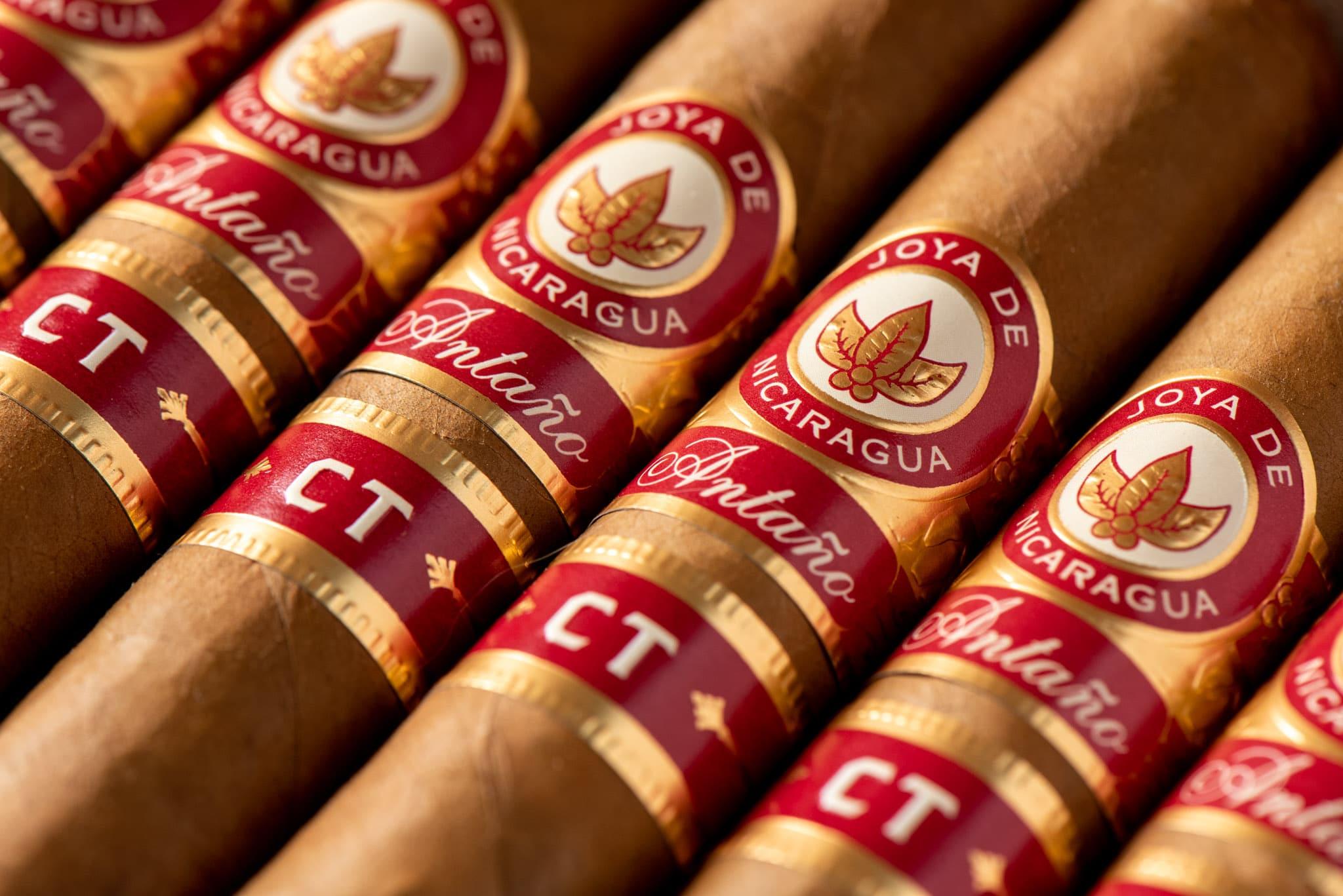 Joya de Nicaragua Antaño CT cigars