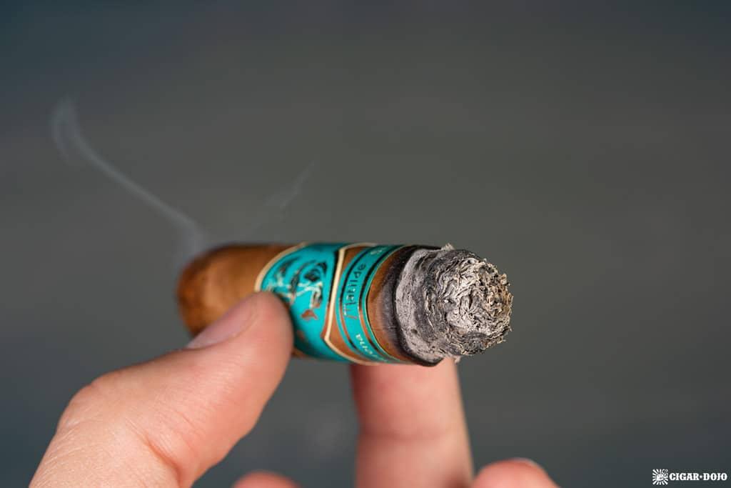 Matilde Serena Corona cigar ash
