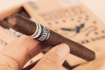RoMa Craft Whiskey Rebellion 1794 Pennsatucky cigar review