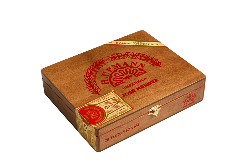 H. Upmann Hispaniola by Jose Mendez cigar box closed