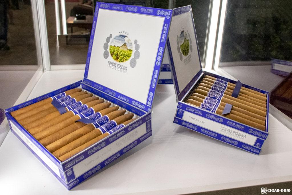 Cuevas Reserva Natural cigars IPCPR 2019
