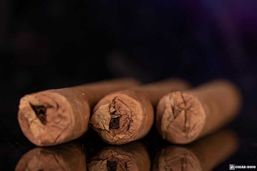 La Familia Robaina Ilegal Habano cigars