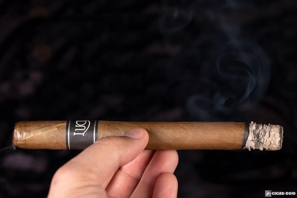 ACE Prime Luciano The Traveler cigar smoking