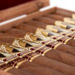 Cubariqueño Protocol Sir Robert Peel Natural cigars open box