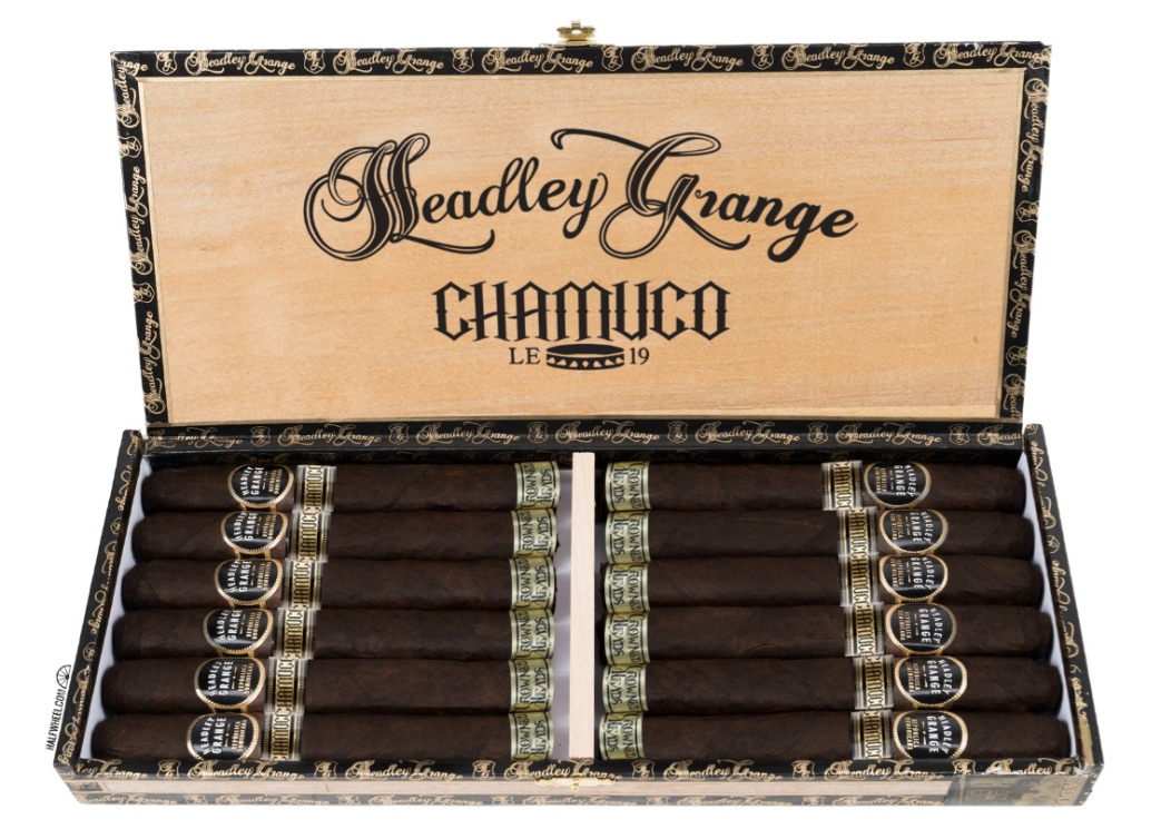 Crowned Heads Headley Grange Chamuco LE 2019 cigars open box