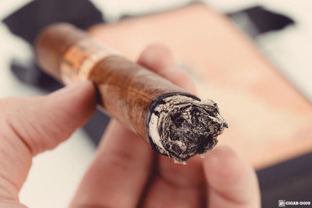 Alec & Bradley Uru Doshi cigar ash and burn