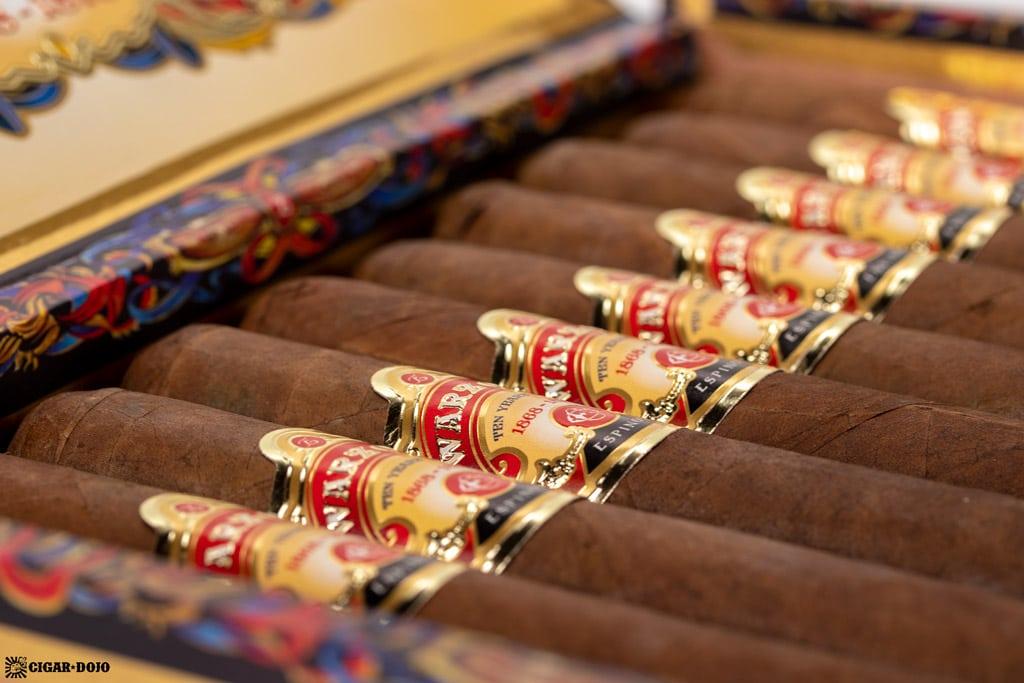 Espinosa Warzone Toro cigars open box