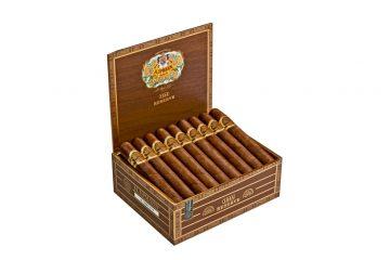 H. Upmann 1844 Reserve updated packaging cigar box open