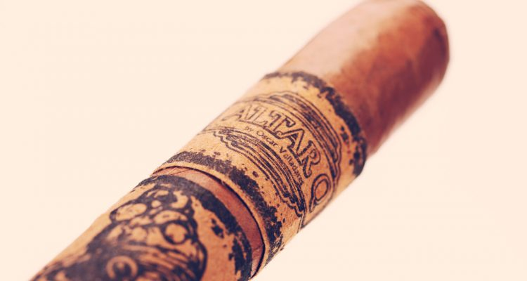 Altar Q by Oscar Valladares cigar review