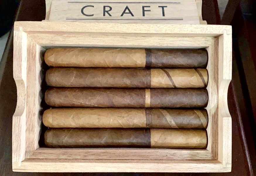 RoMa Craft CRAFT 2020 cigars in box