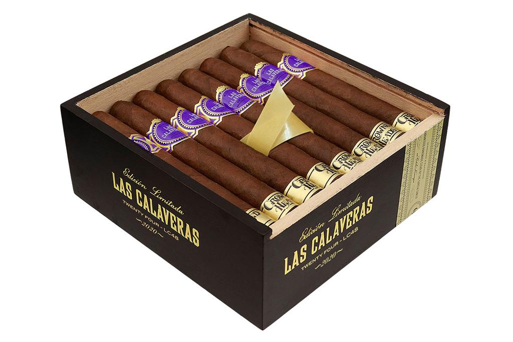 Crowned Heads Las Calaveras EL 2020 cigar box open
