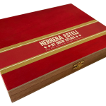 Herrera Esteli Connecticut Broadleaf Lancero box closed
