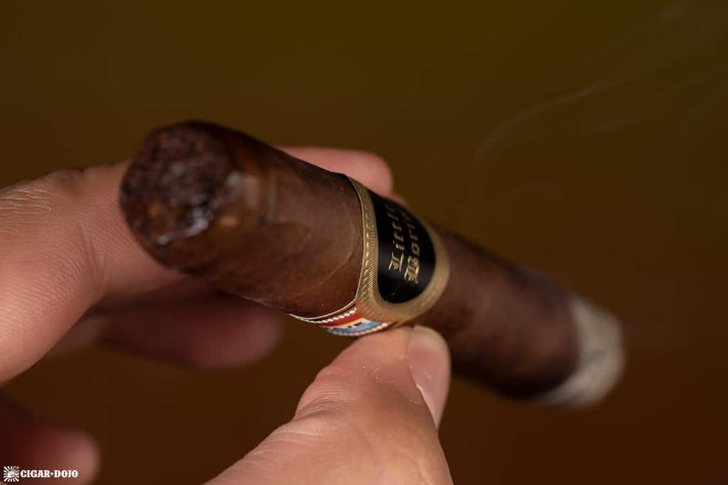 Tatuaje Little Boris (2018) cigar smoking