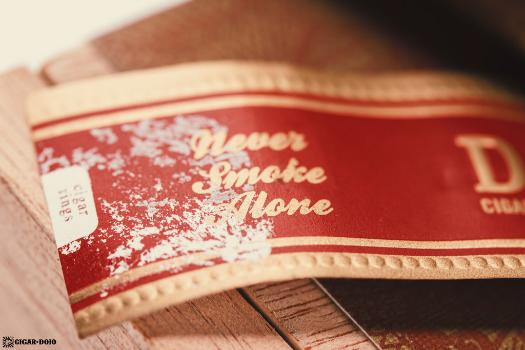 Drew Estate Undercrown Dogma Sun Grown cigar band Never Smoke Alone