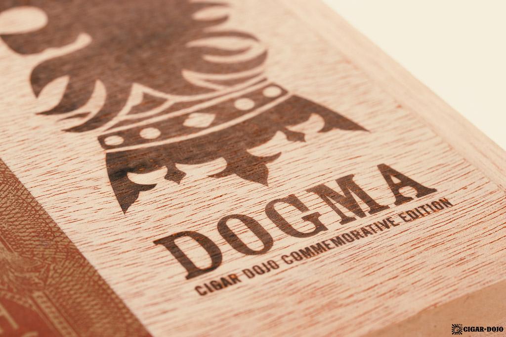 Drew Estate Undercrown Dogma Sun Grown box lid DOGMA logo