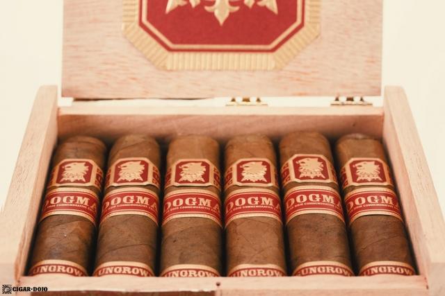 Drew Estate Undercrown Dogma Sun Grown cigars in box