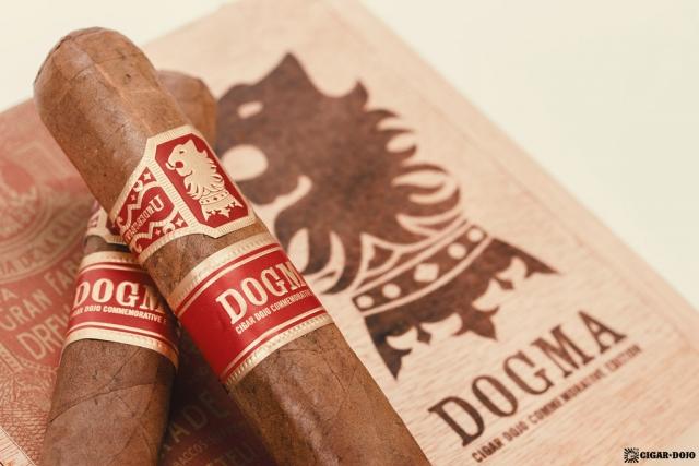 Drew Estate Undercrown Dogma Sun Grown cigars on box lid