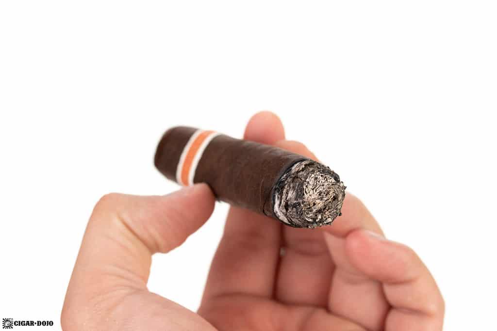 RoMa Craft Neanderthal LH cigar ash