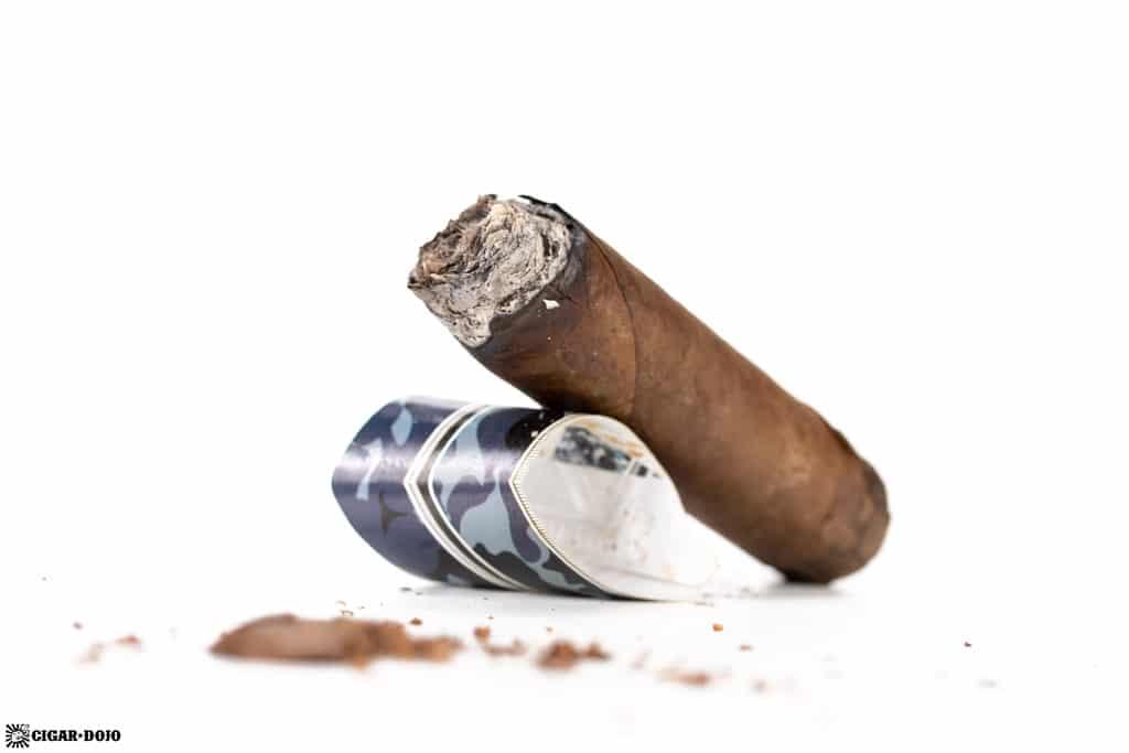 Fratello Camo Blu Toro cigar nub finished