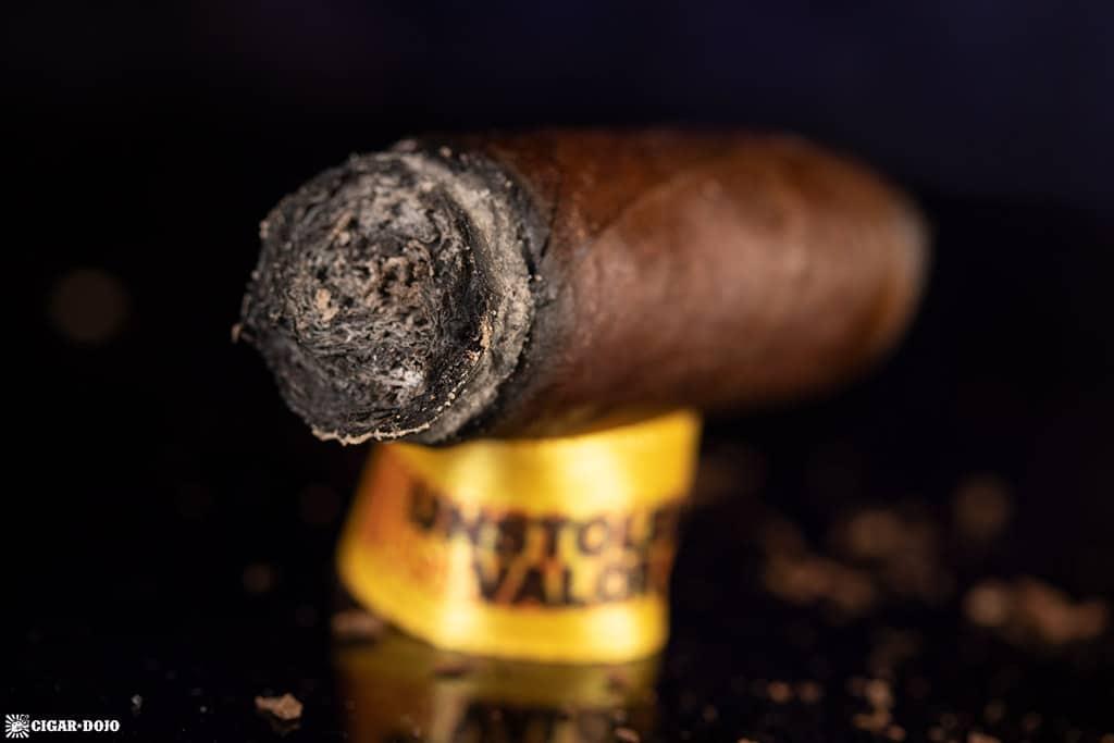 Muestra de Saka Unstolen Valor cigar nub finished