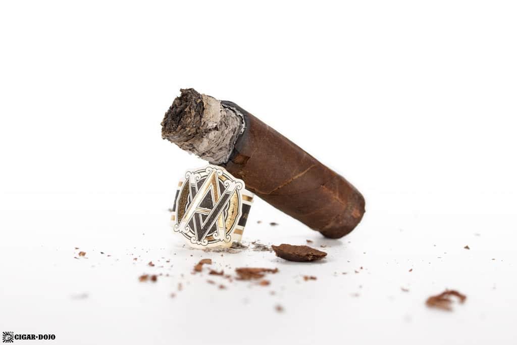 AVO Classic Maduro Robusto cigar nub finished