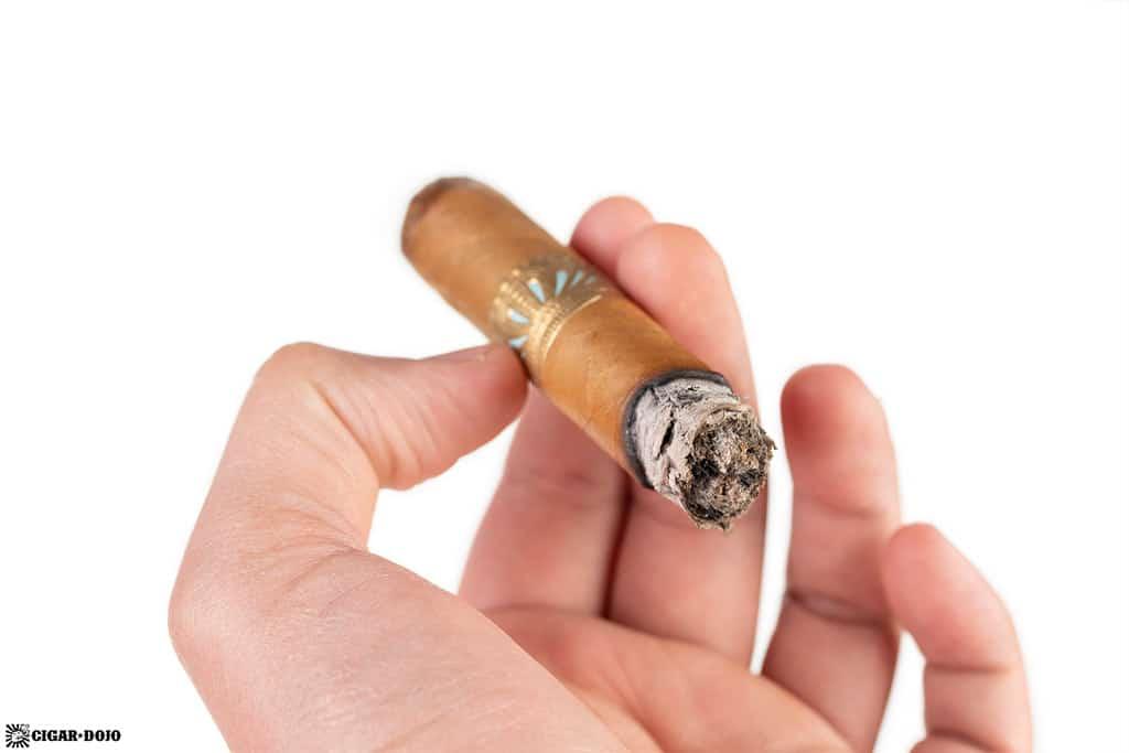 Sobremesa Brûlée Blue cigar ash