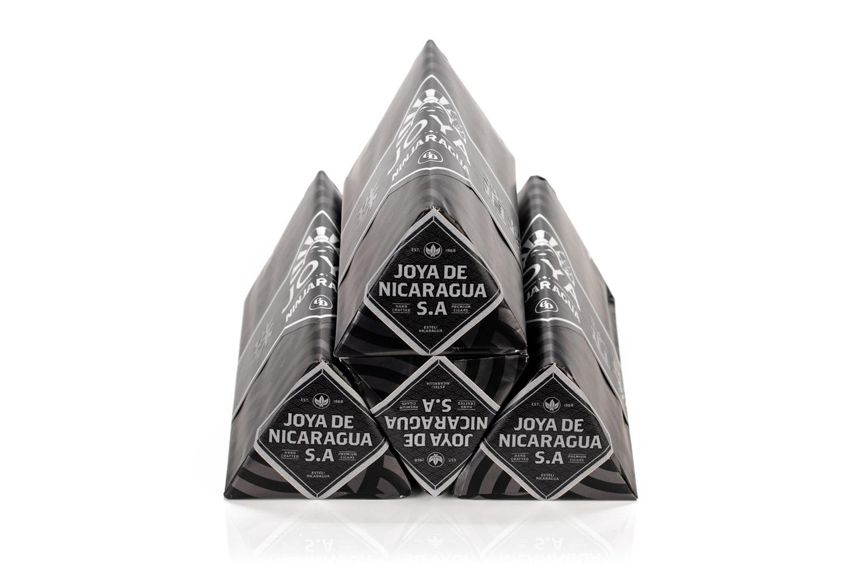Joya Ninjaragua triangular boxes stacked