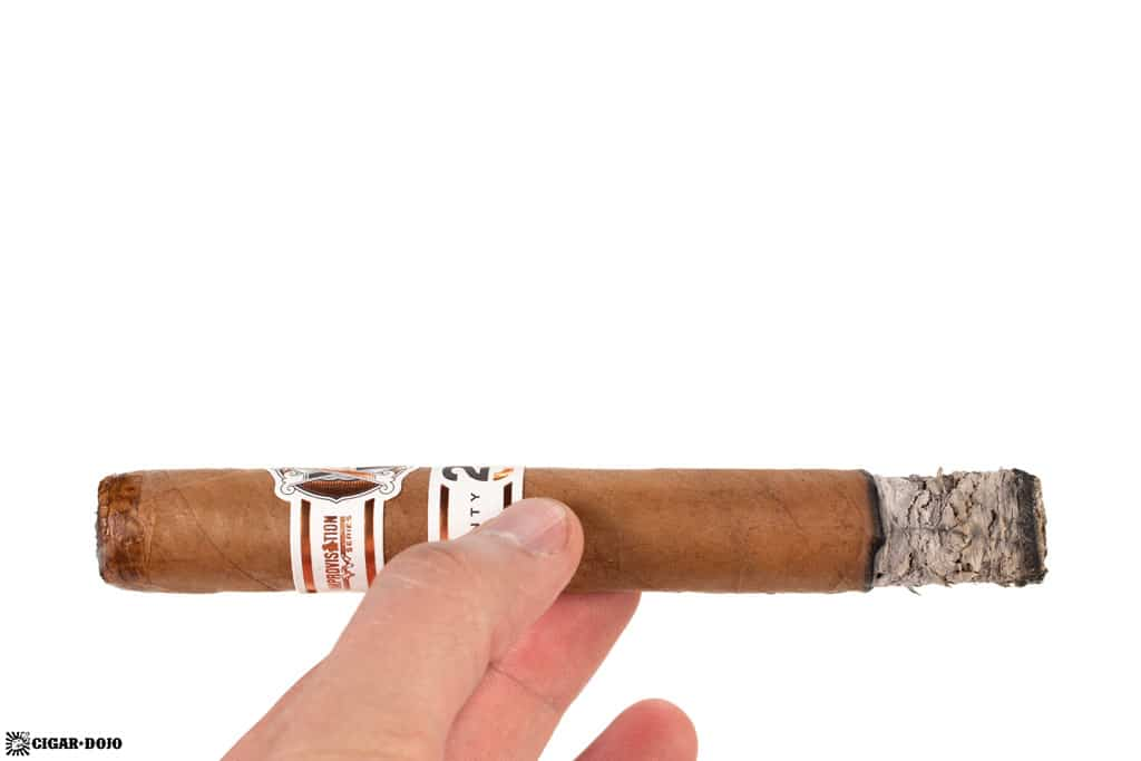 AVO Improvisation Series LE20 cigar ash