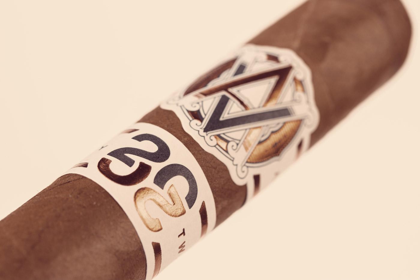 AVO Improvisation Series LE20 cigar review