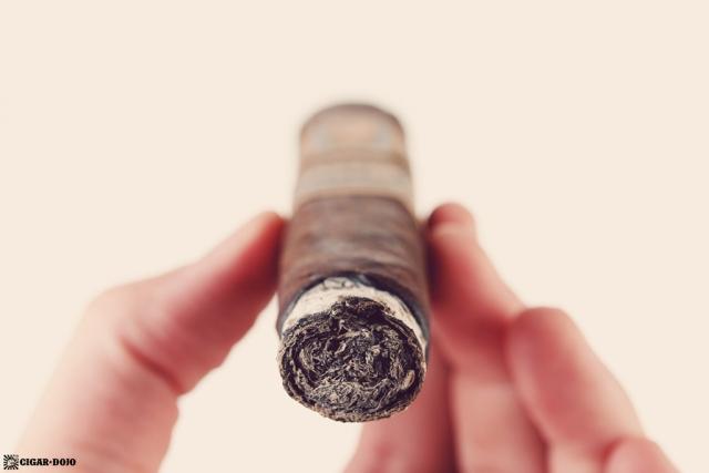 Drew Estate Undercrown Dojo Dogma Maduro 2020 cigar ash