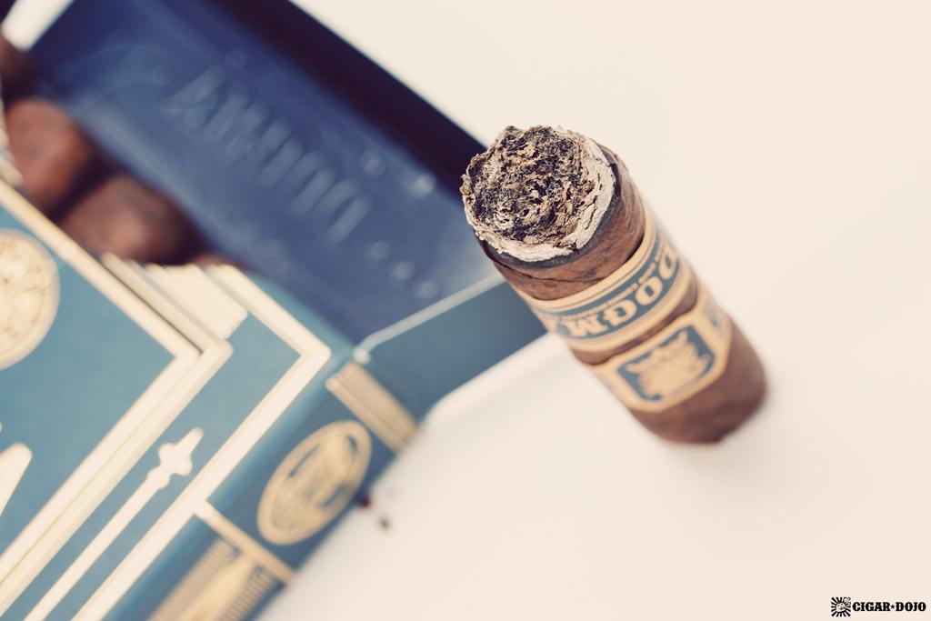 Drew Estate Undercrown Dojo Dogma Maduro 2020 cigar ash closeup