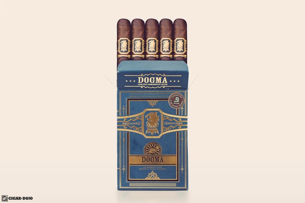 Drew Estate Undercrown Dojo Dogma Maduro 2020 cigar box open