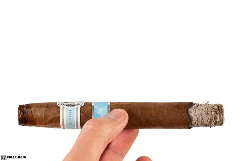 AVO Regional South Edition cigar ash