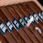 Fratello Arlequín Toro cigars in box