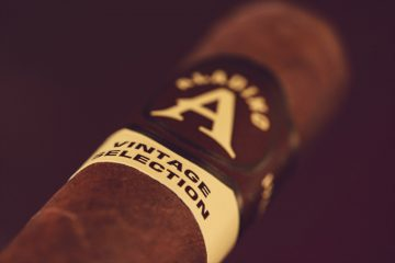 Aladino Habano Vintage Selection Rothschild cigar review