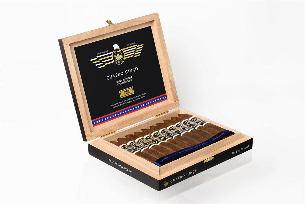 Joya de Nicaragua Cuatro Cinco Edición Americana TAA Exclusive cigar box open