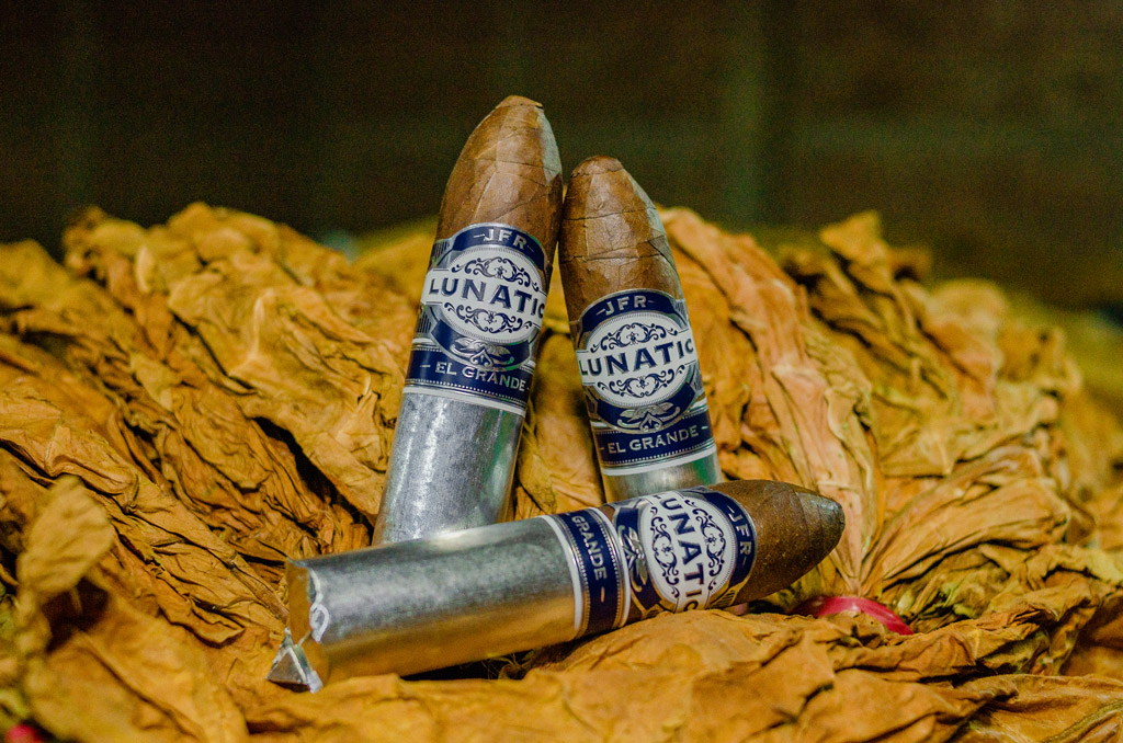 Aganorsa Lunatic El Grande Maduro cigars glamour photography