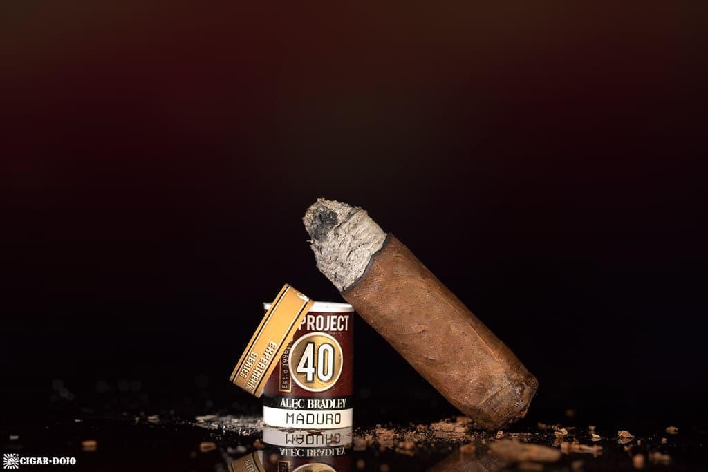 Alec Bradley Project 40 Maduro 05.50 cigar nub finished