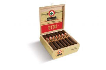 Joya de Nicaragua Antaño Gran Reserva GT20 cigar box open