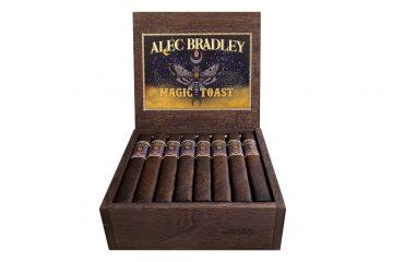 Alec Bradley Magic Toast Box Pressed Gran Toro box open