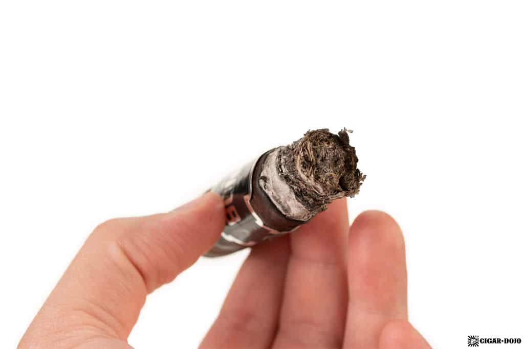 CAO Bones Chicken Foot cigar ash