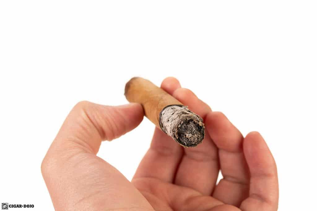 Oscar Valladares Super Fly Connecticut Super Corona cigar smoking