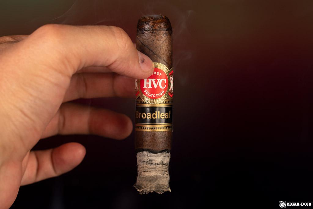 HVC First Selection Broadleaf Toro cigar ash