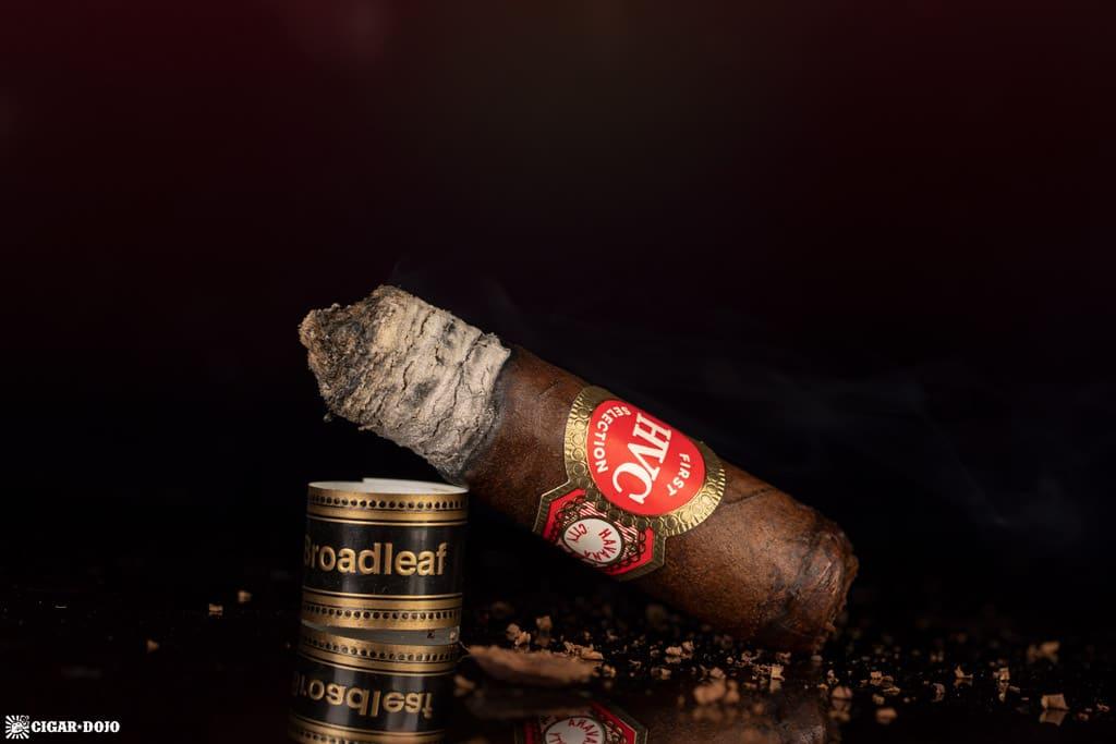 HVC First Selection Broadleaf Toro cigar nub finished
