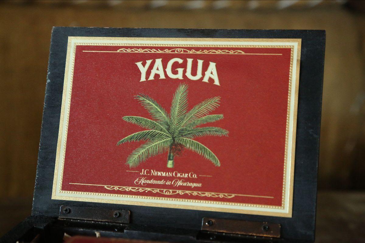 J.C. Newman Yagua 2021 box vista