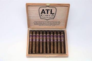 ATL Magic cigar box open