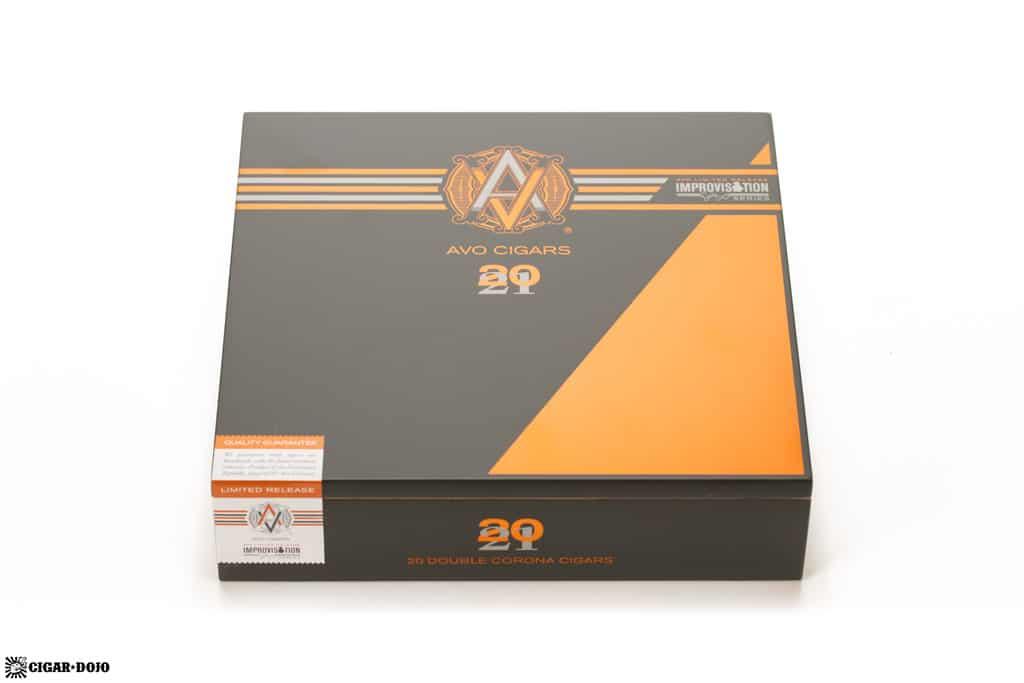 AVO Improvisation LE21 cigar box closed